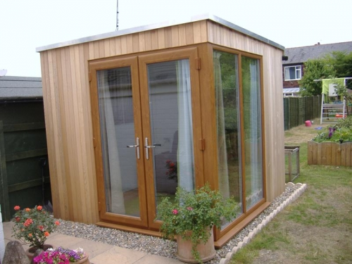 corner garden office 5